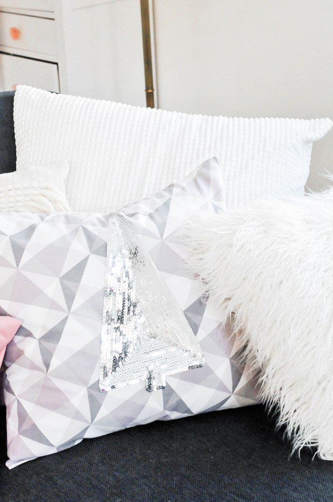 DIY Holiday Sequin Pillows