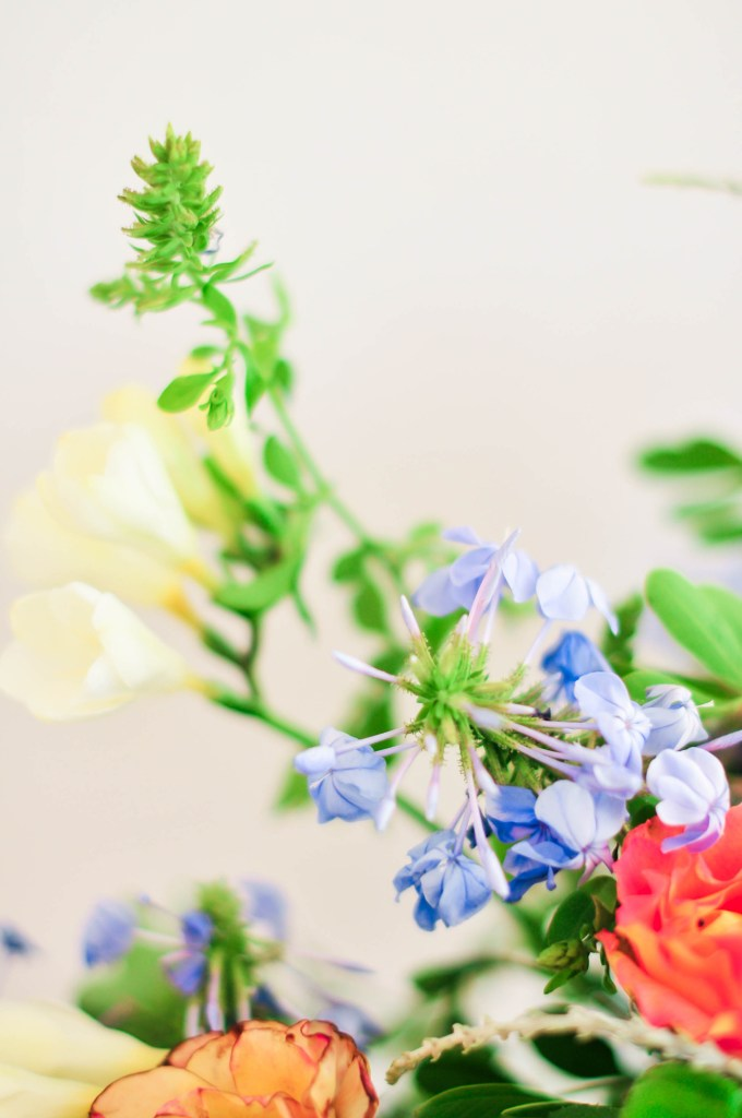 floral design by @theproperblog for Nicole's Classes