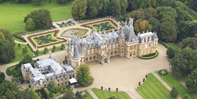 waddesdon-from-the-air