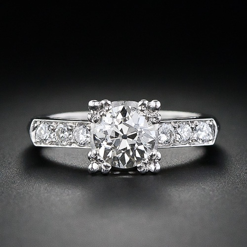 We love this vintage ring from the 1930s