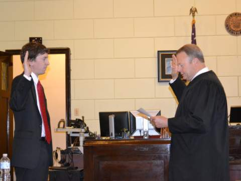 Porter Receiving the Oath of Office from Judge Brinkley