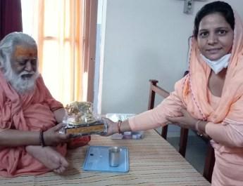 गौ माता की सेवा तीर्थ के समान : विश्वदेवानंद तीर्थ जी महाराज