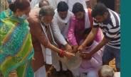पूर्व शिक्षा मंत्रीप्रो. रामबिलासशर्मा ने की अटल त्रिवेणी अभियान की शुरुआत, बड़ ,नीम व पीपल के पौधे लगाए