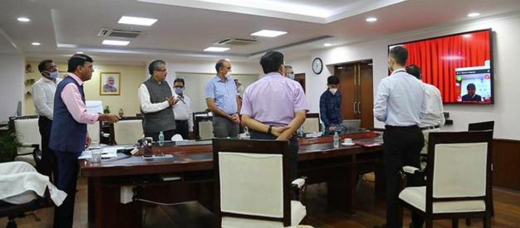 मेड इन इंडिया' वीटीएस और वीटीएमएस सॉफ्टवेयर, 'मेक फॉर द वर्ल्ड' समुद्री यातायात प्रबंधन प्रणाली लांच