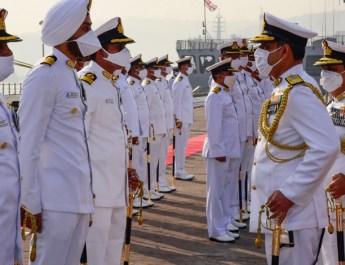 रियर एडमिरल तरुण सोबती ने पूर्वी नौसेना कमान के पूर्वी बेड़े की कमान संभाली