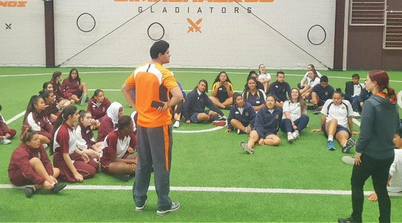 Students hear from the best at the SALSA Standing Tall leadership day with the GWS Giants.