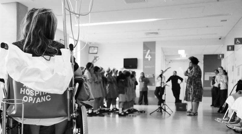 Auburn Hospital; Christmas carols