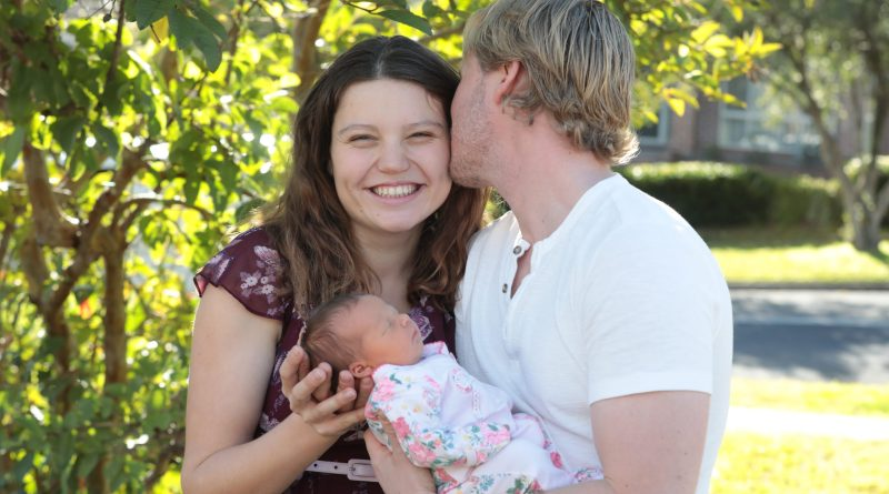 Western Sydney couple welcomes healthy baby girl in Westmead Hospital's first planned home birth