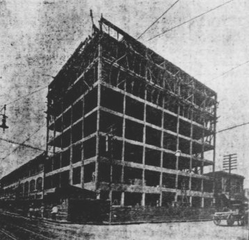 The new Blount Building, under construction in 1906. (Pensacola Journal/Special to the Pulse)