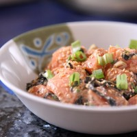 Spicy Mayo Salmon Poke