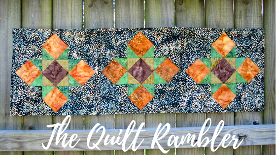 Using a 20+ year old pattern The Quilt Rambler has made a fresh modern table runner. using the quilt as you go method