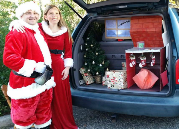 christmas themed trunk or treat
