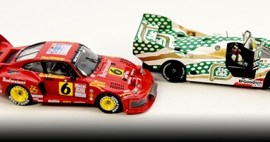 two porsches building 1/43 model cars