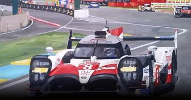 Motorsport art by Simon Ward