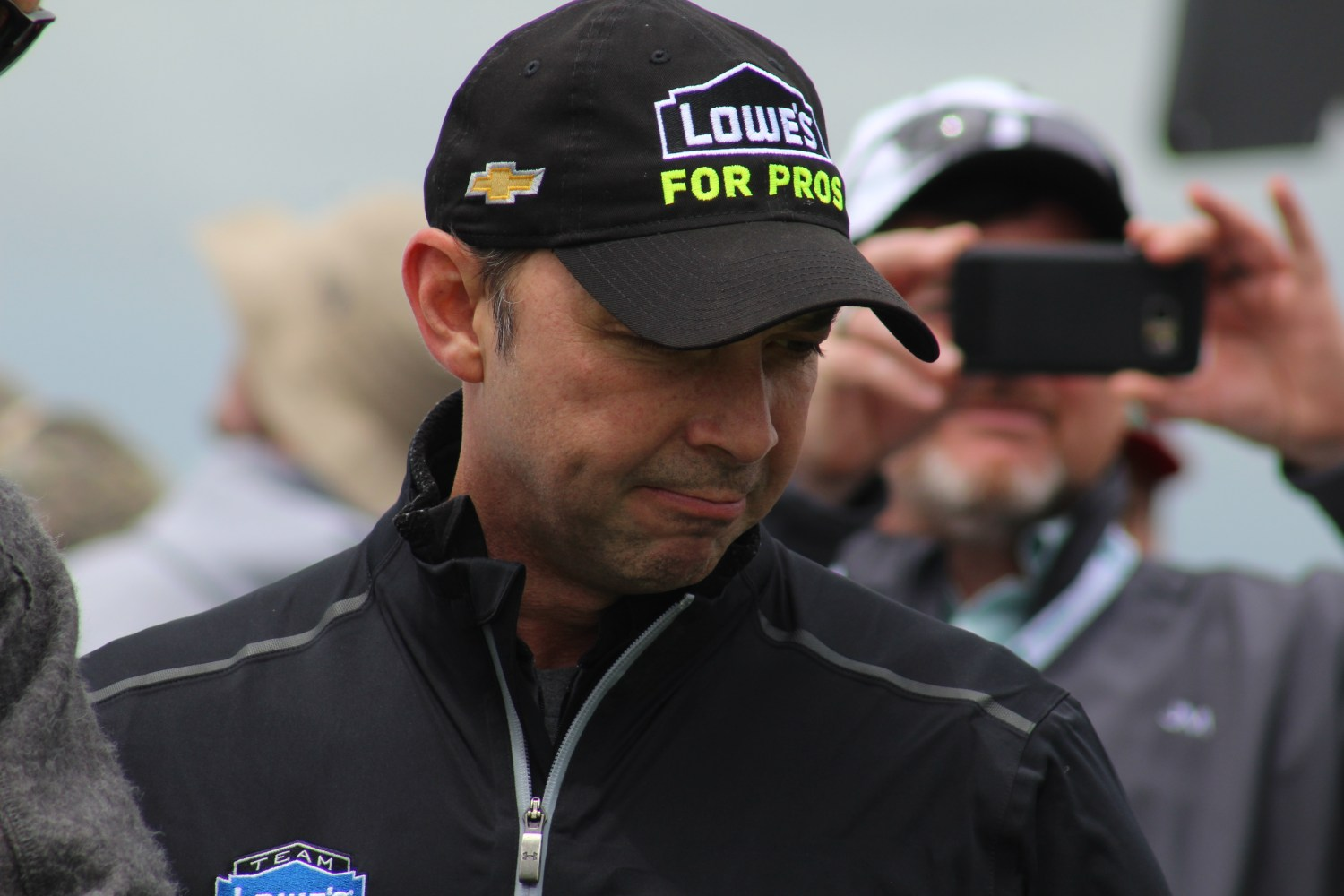 Chad Knaus surveys the No. 48 Chevrolet ahead of the 2018 Pocono 400. (Tyler Head | The Racing Experts)