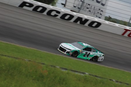 William Byron races during the 2018 Pocono 400. (Tyler Head | The Racing Experts)