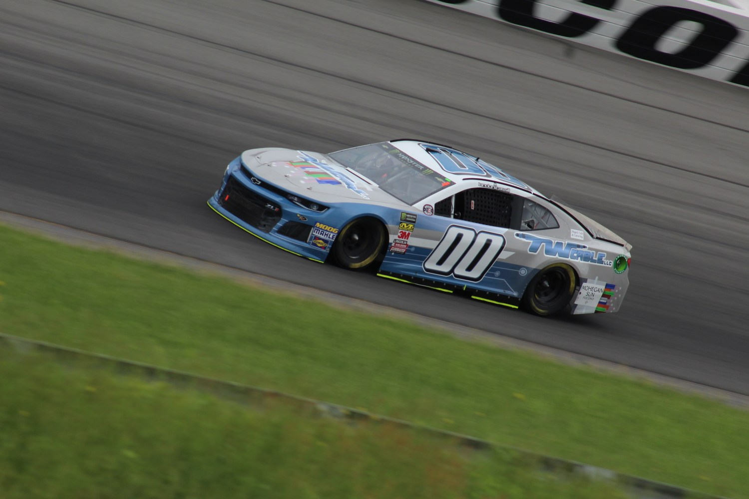 Landon Cassill races during the 2018 Pocono 400. (Tyler Head   The Racing Experts)