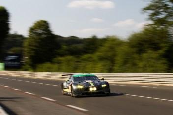 #98 ASTON MARTIN RACING / GBR / Aston Martin V8 Vantage - Le Mans 24 Hour - Circuit des 24H du Mans - Le Mans - France