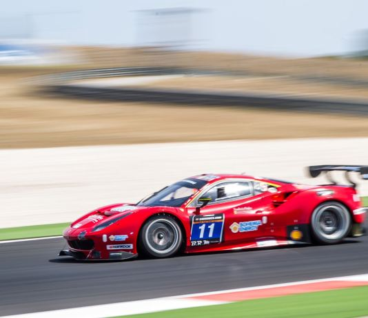 Scuderia Praha Ferrari 488