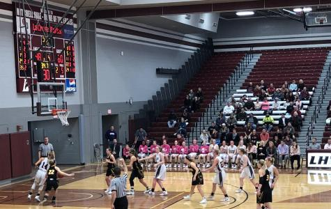UWL Women's Hoops fall to UW-Oshkosh Titans