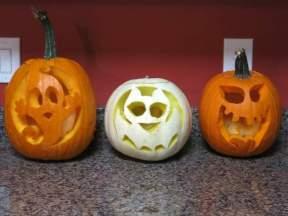 And voila, carved pumpkins!