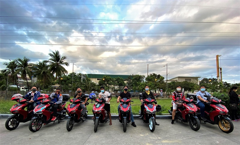 What Makes Motorcycles Fun? You Get A Lot Of Friends!