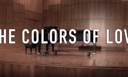 Messenger shows audience members the color of love