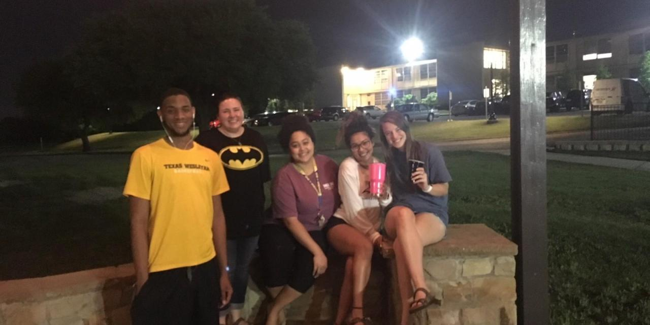 Students come together for end of the year hangout