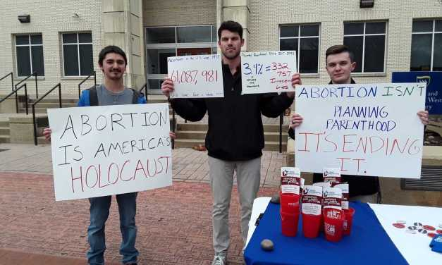 Conservatives protest Planned Parenthood appearance