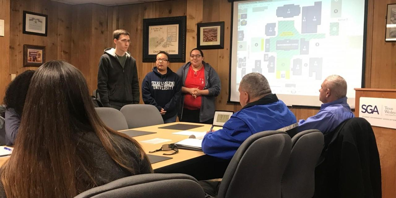 Students share concerns on campus parking