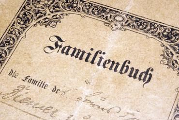 Genfgramm, Biographie-Analyse, Familienbuch