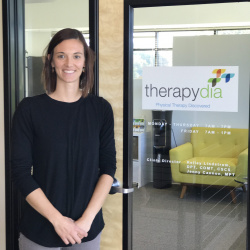 physical therapist beaverton kelley lindstrom