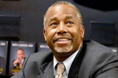 MIAMI, FL - NOVEMBER 5: Presidential candidate Dr. Ben Carson is seen at Barnes and Noble where he made an appearance to sign copies of his book 'A More Perfect Union' on November 5, 2015 in Miami, Florida. Credit: MPI10 / MediaPunch/IPX