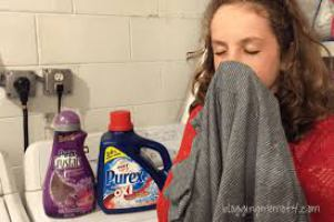Top 10 Best Smelling Laundry Detergent Reviews In 2016
