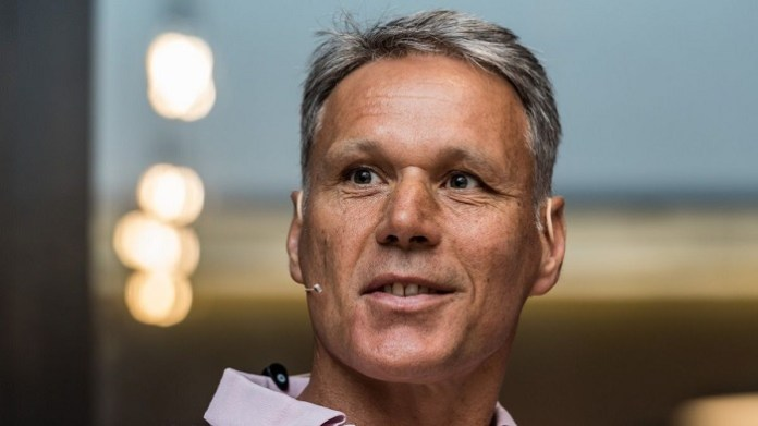 Marco van Basten calls for offside rule to be scrapped