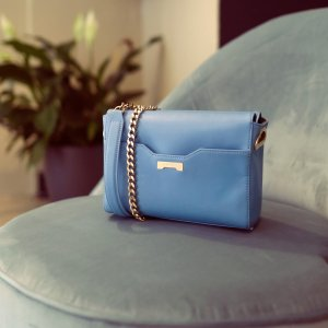 Luxury vegan Pouch with chain in light blue