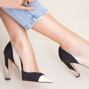 Black and white coloured sustainable Pumps by ALINASCHUERFELD