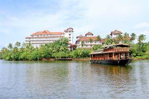 Ashtamudi Lake Resorts