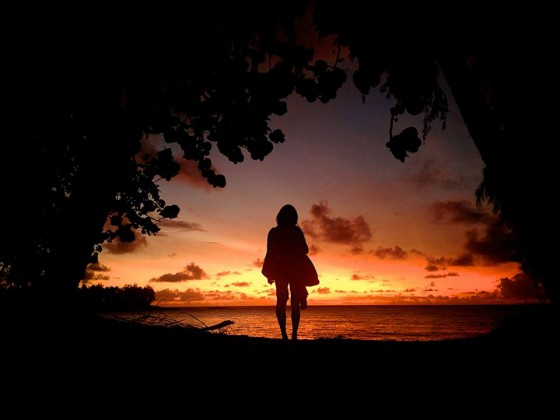 thereafterish, growing up, how to be happy, growing up is hard, hawaii sunset, north shore sunset, silhouette girl, sunset porn, sunset girl silhouette