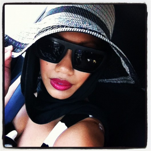 Womens Sun Protection Hat, ETSIS Hat, Womens Sun Hat, OOTD, Instastyle, #instastyle, instafashion, instagram fashion, Hawaii Street Style