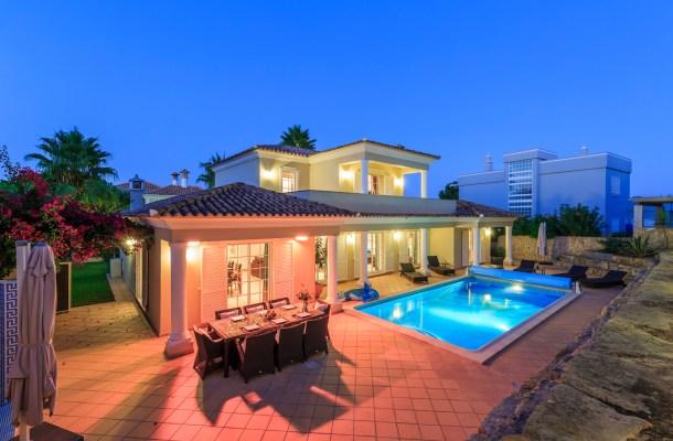Villa Macy