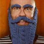 Olaf Falafel Presents Knitting With Maracas