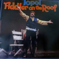 Review – Fiddler on the Roof, Derngate, Northampton, 23rd April 2014