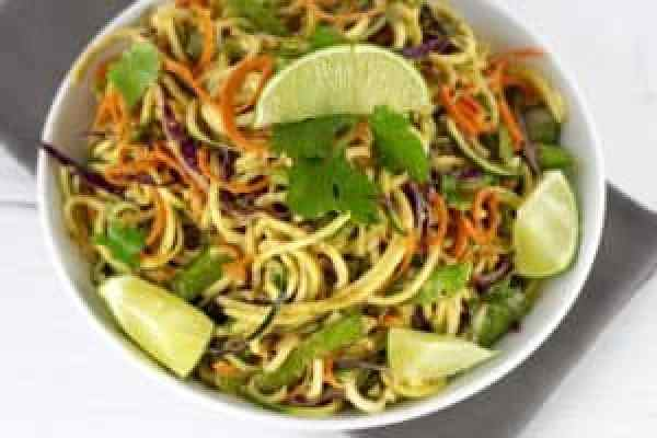 Spicy Asian Zucchini Noodles | https://therealfoodrds.com/spicy-asian-zucchini-noodles/