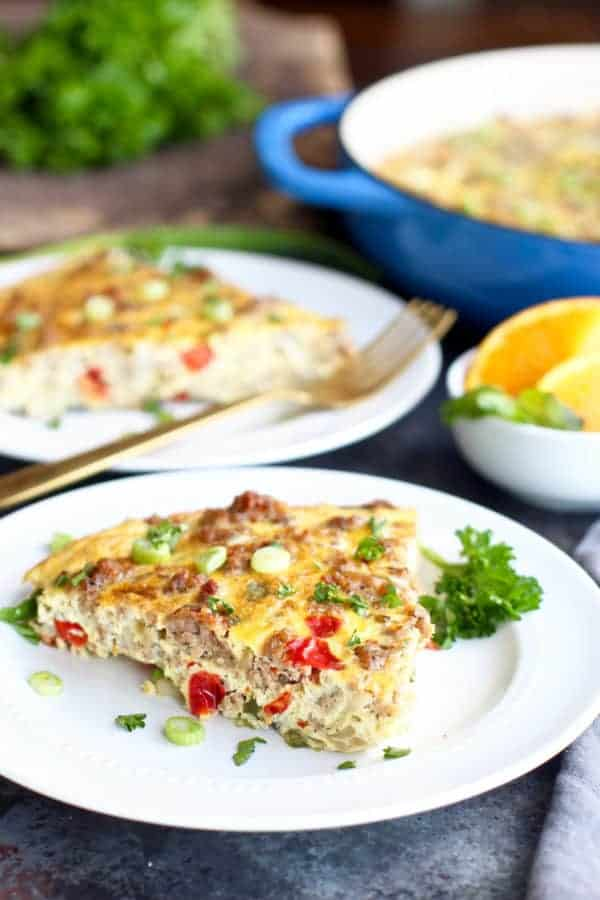 This easy and delicious Whole30 compliant Sausage Hash Brown Egg Bake is made with less than 10 ingredients! | whole30 breakfast recipes | gluten-free breakfast recipes | dairy-free breakfast recipes | paleo breakfast recipes | healthy breakfast recipes | easy breakfast recipes | egg bake recipes || The Real Food Dietitians