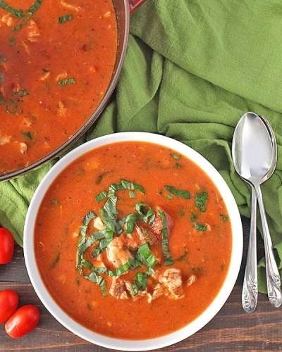 Paleo Creamy Chicken Tomato Soup from Jays Baking Me Crazy | 30 Whole30 Soups, Stews & Chilis | healthy soup recipes | whole30 meal ideas | whole30 recipes | whole30 chili recipes || The Real Food Dietitians #whole30soups #whole30recipe #whole30meals
