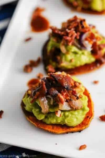 Sweet Potato Guacamole Bacon Bites | 30 Whole30 Appetizers | healthy appetizer recipes | whole30 approved appetizers | gluten-free appetizers | easy healthy appetizers || The Real Food Dietitians #whole30appetizers #whole30recipes #healthyappetizers