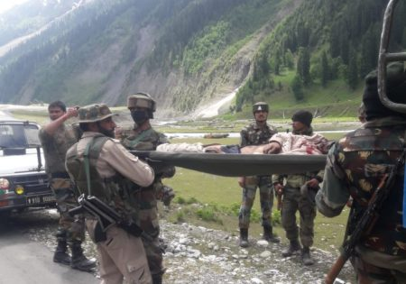 Army man killed, another injured in Sonamarg mishap