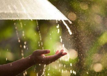 Rainfall In Kashmir, Mercury Rises Except Gulmarg