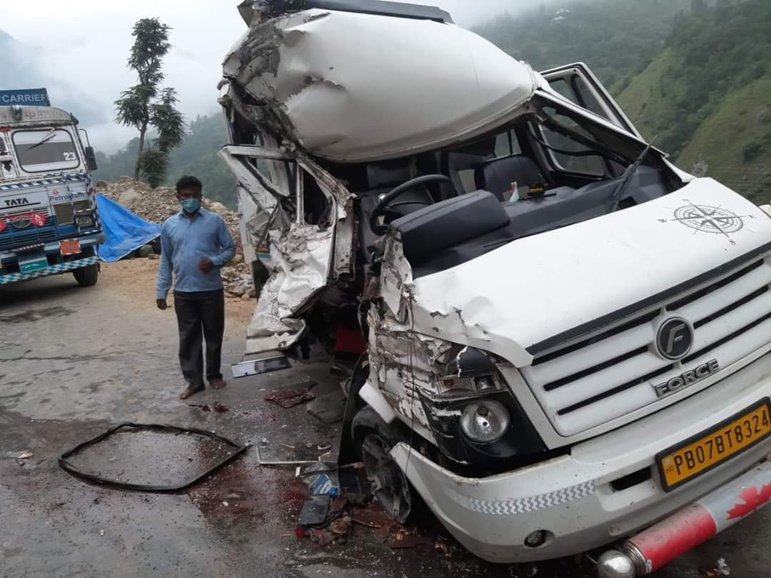 One person Dead, Eleven Injured after a collision took place between a Tempo and a Truck at Chamalwas area in Banihal